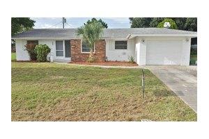 166 Easton Dr NW, Port Charlotte, FL 33952