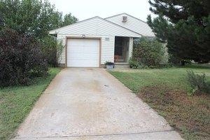 1511 Holmes Rd, Hays, KS 67601