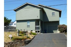 3235 NW Jetty Ave, Lincoln City, OR 97367