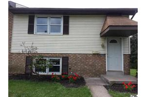 2086 Brentwood Dr, Middletown, PA 17057