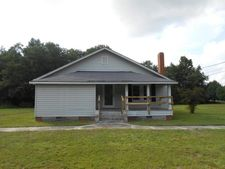 3486 E White Pond Rd, Fairmont, NC 28340