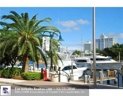 610 W Las Olas Blvd Apt 1417, Fort Lauderdale, FL 33312