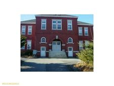 85 Middle St # 12, Hallowell, ME 04347