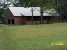 6869 Moultrie Rd, Albany, GA 31705