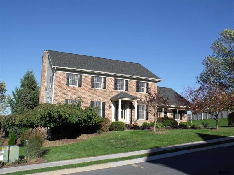1771 country manor dr york pa 17408 home for sale real estate