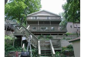16381 Oak St, Decatur, MI 49045