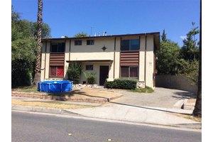 697 E Mountain St, Pasadena, CA 91104