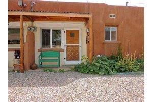727 Galisteo St Apt 3, Santa Fe, NM 87505