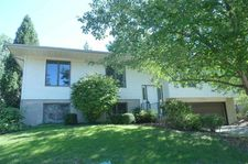 1912 Graslon Dr, Iowa City, IA 52246