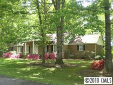 108 Breckenridge Ln, Statesville, NC 28625