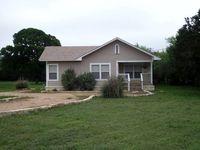 659A Town Creek Rd, Kerrville, TX 78028
