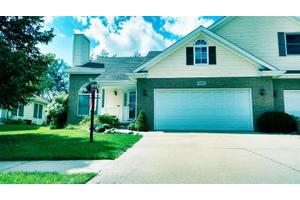 376 Cherry Hills Dr, Chesterton, IN 46304