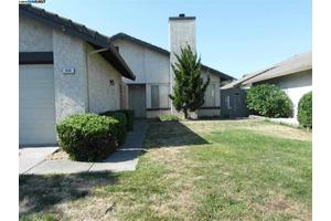 676 Stone Harbour Dr, Pittsburg, CA 94565