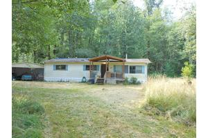 118 Shallow Creek Dr, Glenoma, WA 98336