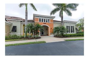 4455 Botanical Place Cir Apt 303, Naples, FL 34112