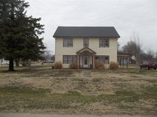 220 W Labette St, Thayer, KS 66776