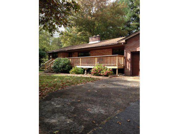 153 Rowe Ln, Johnson City, TN