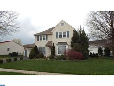 550 Stanford Rd, Fairless Hills, PA 19030