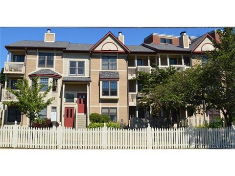 152 Front St, New Haven, CT 06513