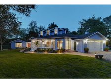 12985 Pierce Rd, Saratoga, CA 95070