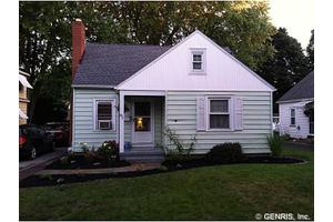 81 Burling Rd, Rochester, NY 14616