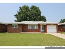 950 Willow St, Wood River, IL 62095