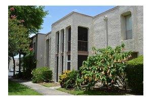 536 Orange Dr Apt 20, Altamonte Springs, FL 32701