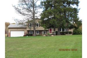 10053 Bancroft Rd, Nelson, OH 44231