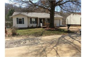 3816 Red Bud Dr, Imperial, MO 63052