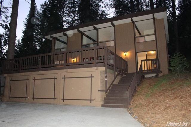 4700 Sly Park Rd, Pollock Pines, CA 95726