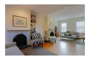 9 Taylor St, Boston, MA 02118