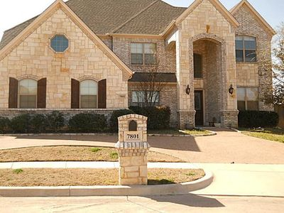 7801 Fairwest Ct, North Richland Hills, TX