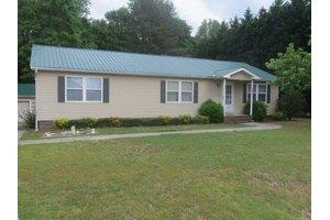 127 Ravenhill Dr, Rockingham, NC 28379