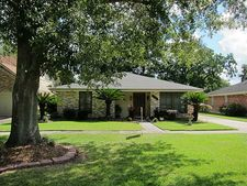 4433 Clearlake Dr, Metairie, LA 70006