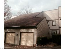7819 Hills And Dales Rd Nw Apt A, Massillon, OH 44646