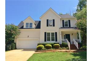 8901 Forest Shadow Cir, Cornelius, NC 28031