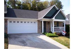 54 Hiddenbrook Ln, Gray, TN 37615