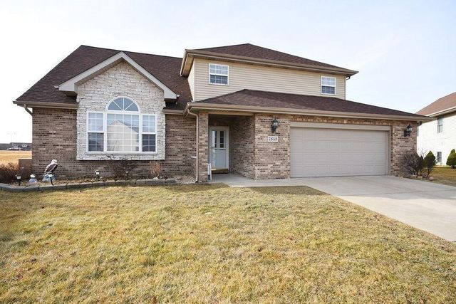 7853 E 104th Pl, Crown Point, IN 46307
