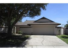 6921 Silvermill Dr, Tampa, FL 33635