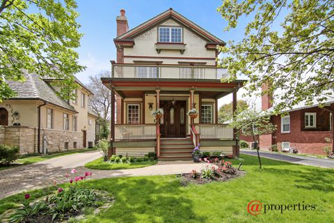 116 Woodland Ave, Winnetka, IL 60093