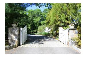 56 Millertown Rd, Bedford, NY 10506