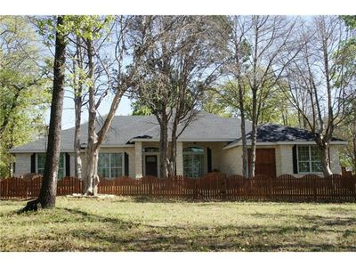 985 Old Sayers Rd, Elgin, TX 78621