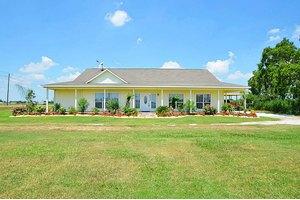 8030 Fairchild Rd, Richmond, TX 77469