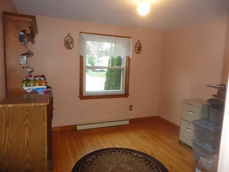 21 S Brookside Ave, North Providence, RI 02911 - realtor.com®