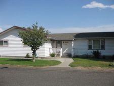 929 Grending Ave, Sunnyside, WA 98944