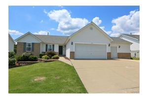 205 Vogel Estates Ct, Arnold, MO 63010