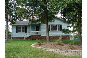221 Rivermeade Dr, Archdale, NC 27263