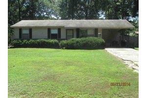 10423 High Rd E, Shannon Hills, AR 72103