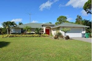 2102 SW Burlington St, Port Saint Lucie, FL 34984
