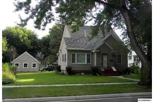 508 W Redwood St, Marshall, MN 56258